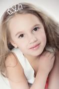 Маленькая мисс Россия 2014 в категории 4-6 лет Лопанова Екатерина 5 лет Москва