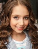 Медведева София Лучшая модель Fashion Stars International 2013  в категории 7-9 лет